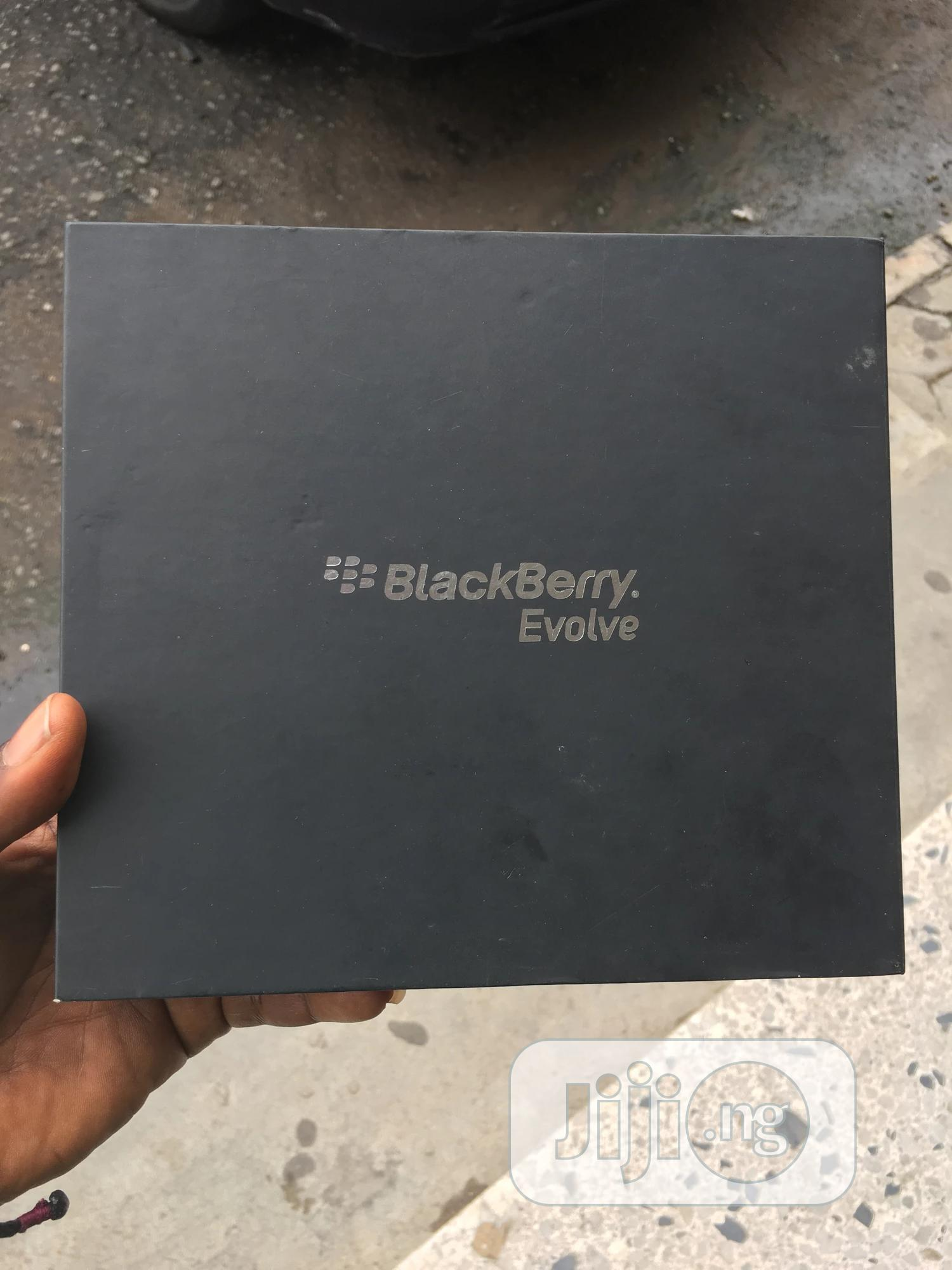 New BlackBerry Evolve 64 GB Black