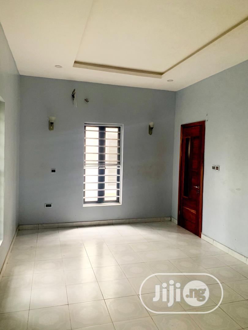 FOR SALE VERY SPACIOUS 5 Bedroom Detached Duplex | Houses & Apartments For Sale for sale in Lekki Phase 1, Lagos State, Nigeria