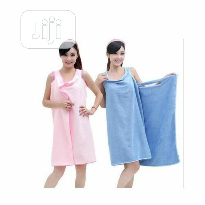 Archive: Plain Wearable Towel