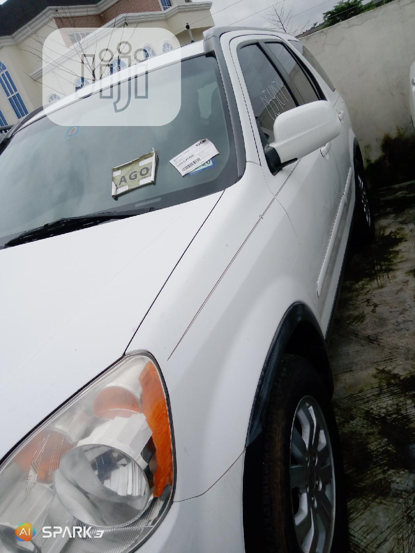 Honda CR-V 2005 White   Cars for sale in Ikeja, Lagos State, Nigeria