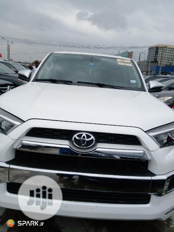 Toyota 4-Runner 2014 White