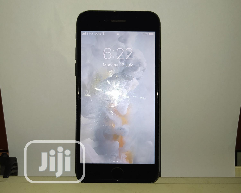 Apple iPhone 7 32 GB Black