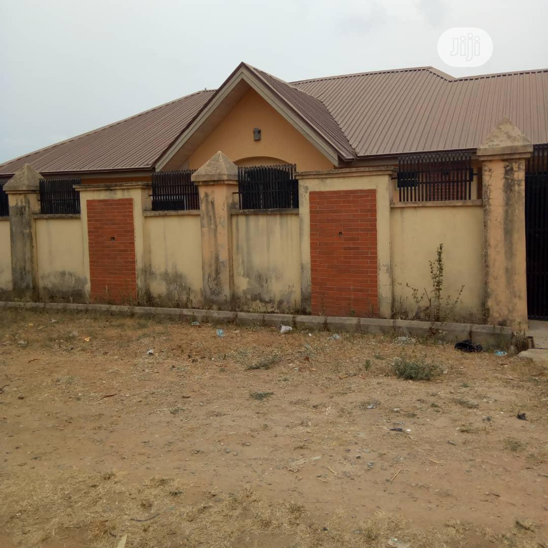 3 Bedroom Bungalow At Odo Ona Arapaja Ibadan | Houses & Apartments For Sale for sale in Ibadan, Oyo State, Nigeria