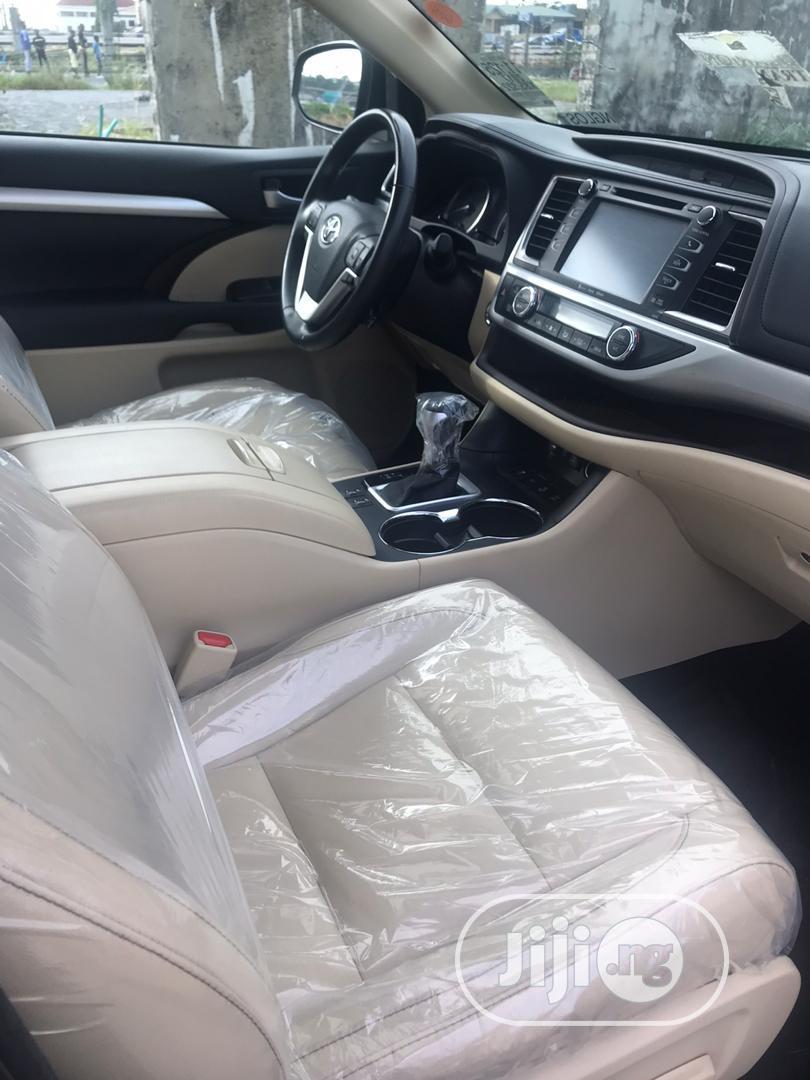 Toyota Highlander 2017 XLE 4x4 V6 (3.5L 6cyl 8A) Black   Cars for sale in Ojodu, Lagos State, Nigeria
