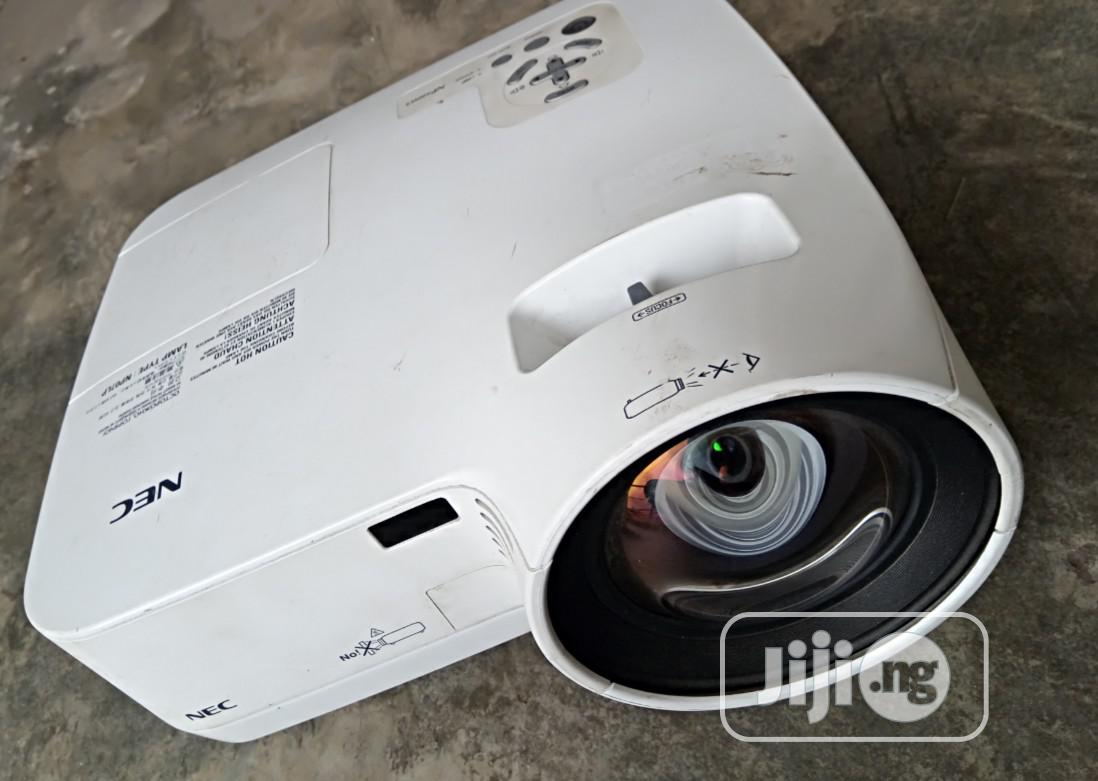 Best Nec Np500wsg Projector In Lagos