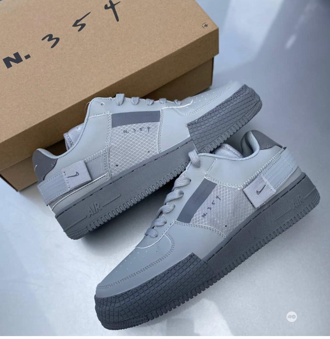 Original Nike Air Sneakers in Ojodu