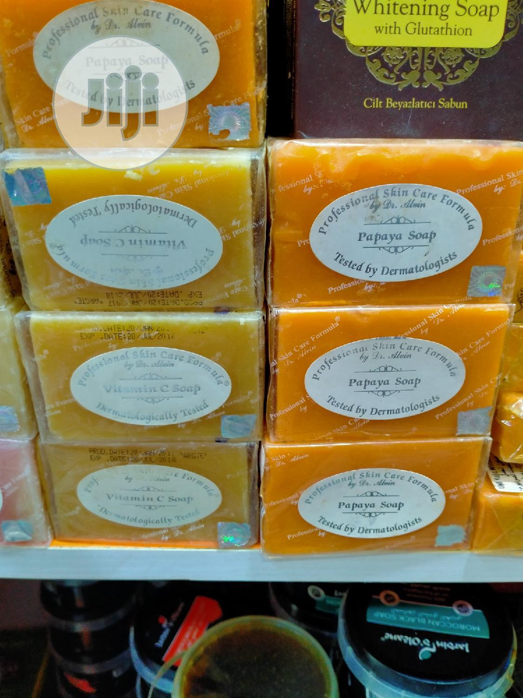 Professional Skin Care Formula Papaya Soap