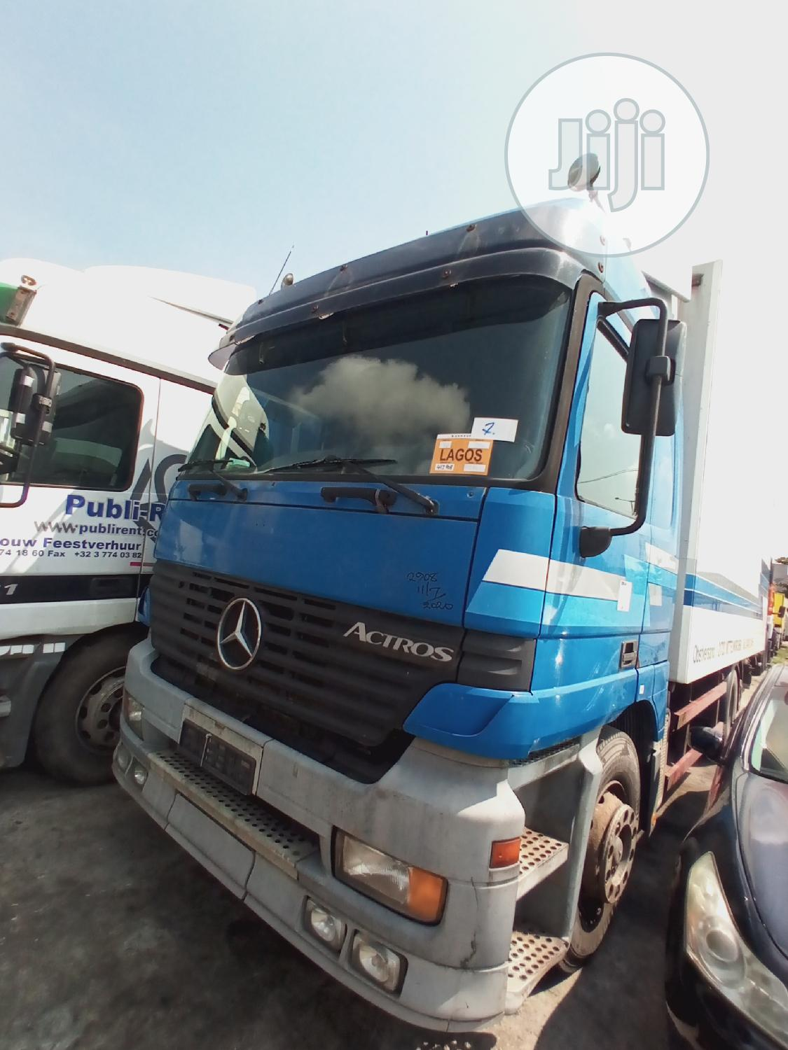 Container Body Actros