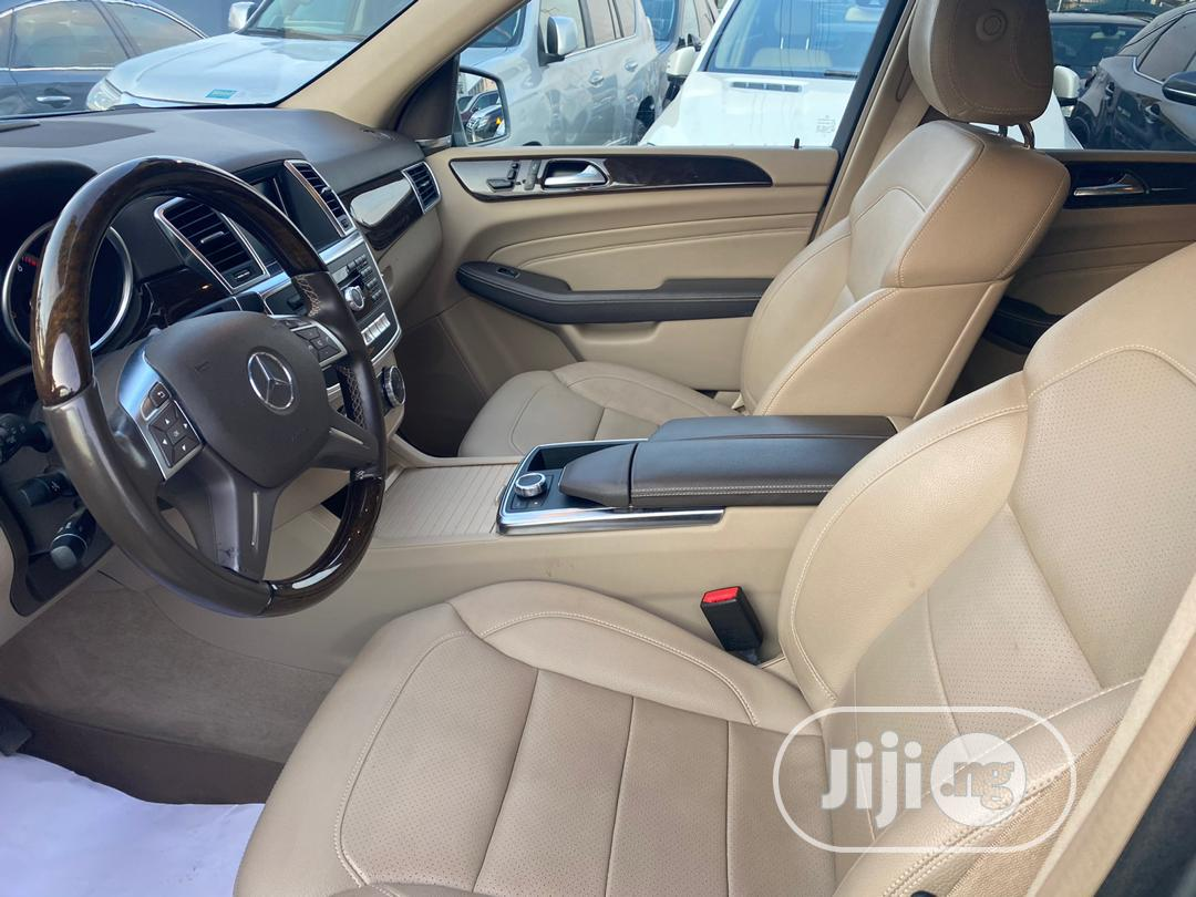 Archive: Mercedes-Benz M Class 2015 Gray