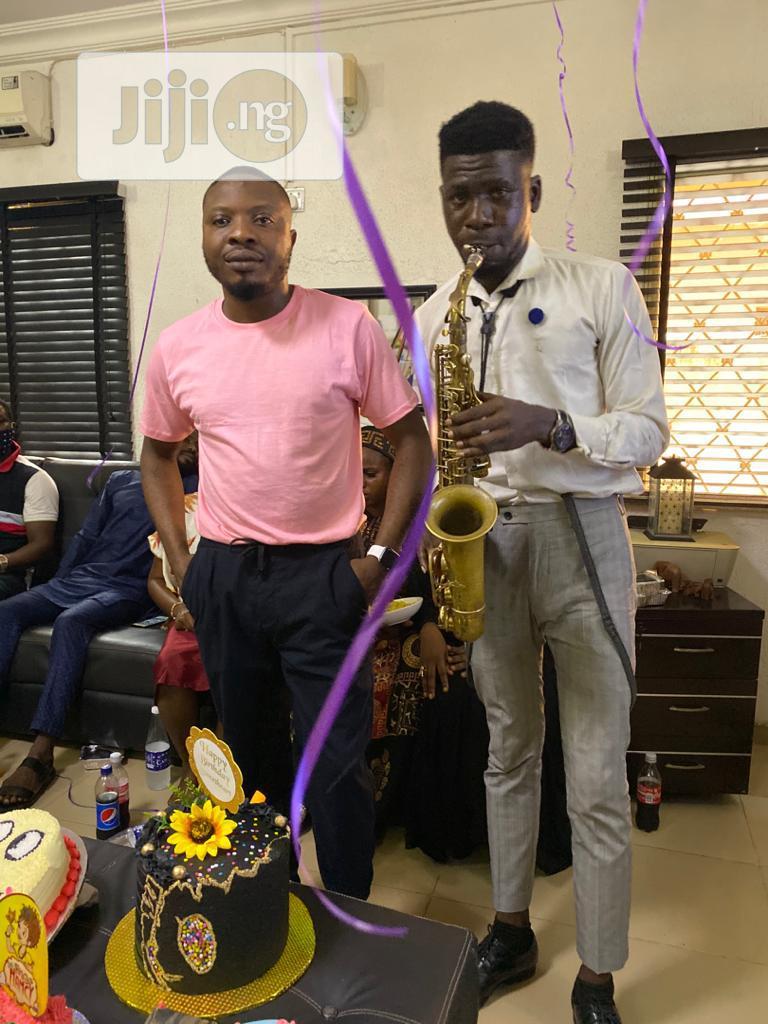 Professional Birthday/Anniversaries Surprise Saxophonist | DJ & Entertainment Services for sale in Victoria Island, Lagos State, Nigeria