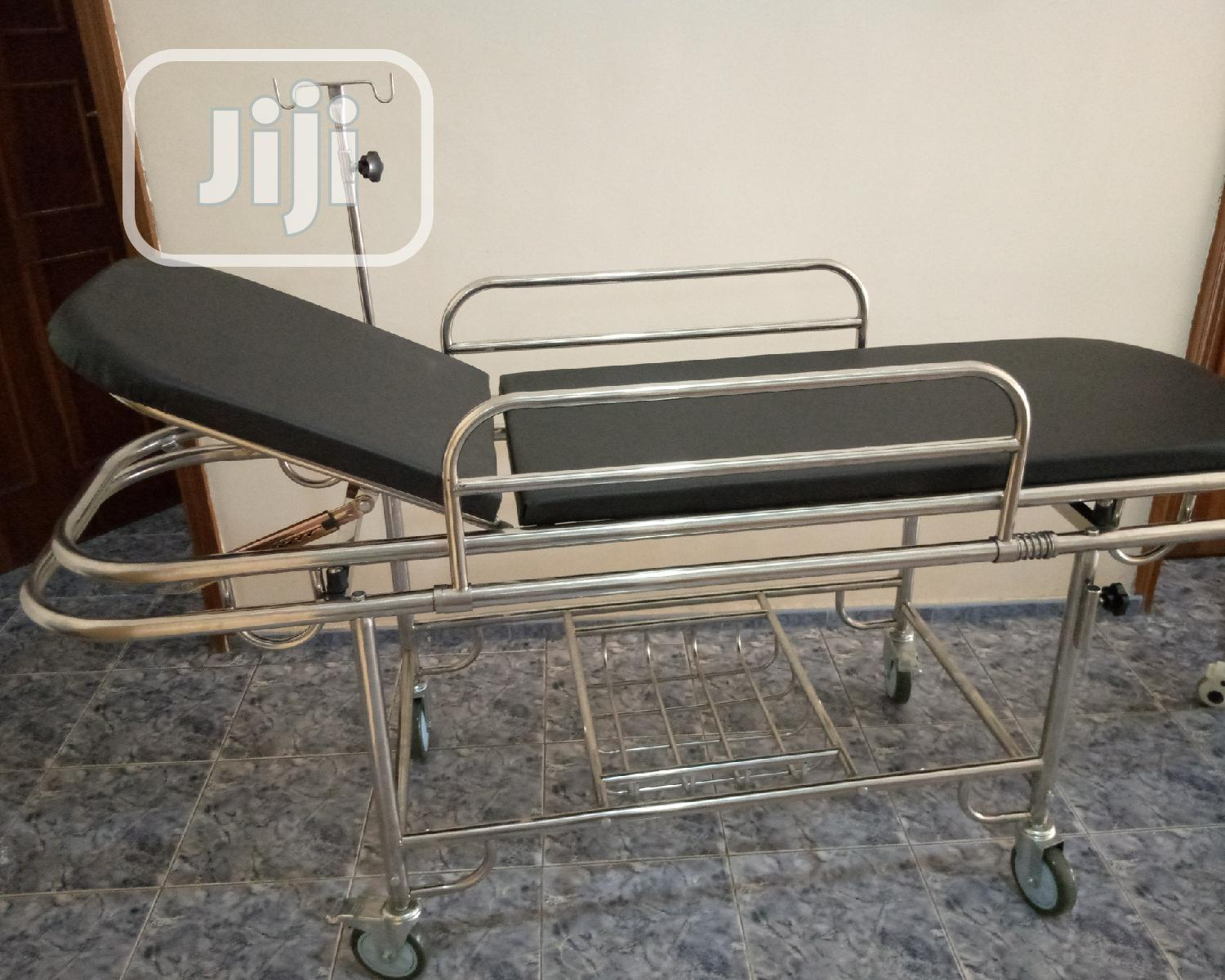 Patient Trolley With Headrest