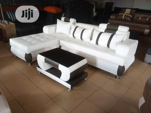 L-Shaped Sofa Centre Table - Quality Leather Couch | Furniture for sale in Lagos State, Oshodi