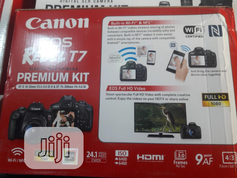 Canon EOS Rebel T7 Premium Kit