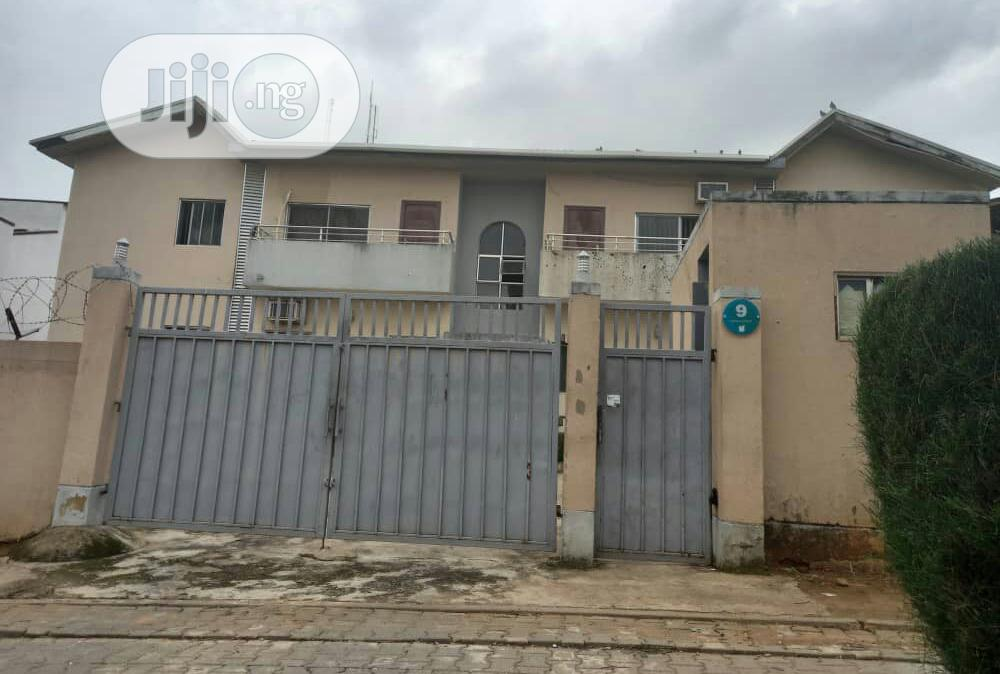 Archive: 4 Units of 3 Bedroom Flat for Sale at Wuse 2