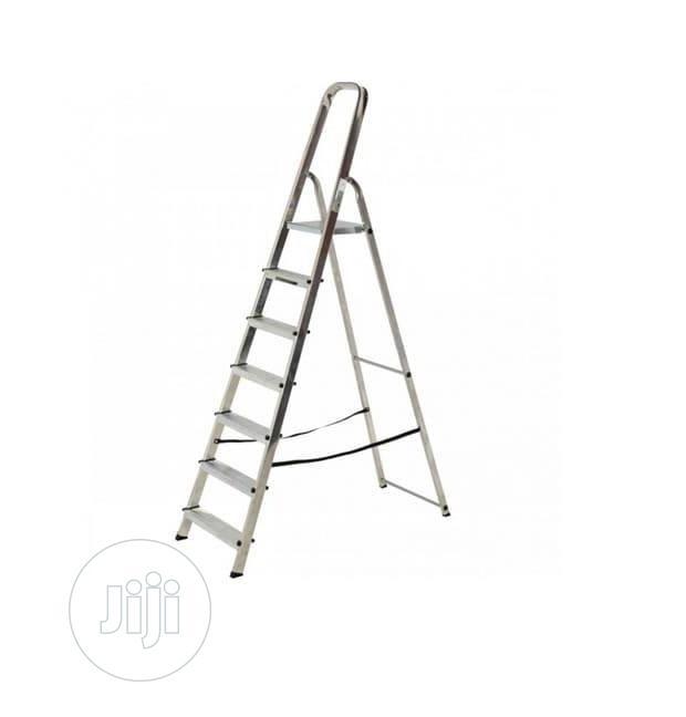Atlas 7-step Platform Step Ladder