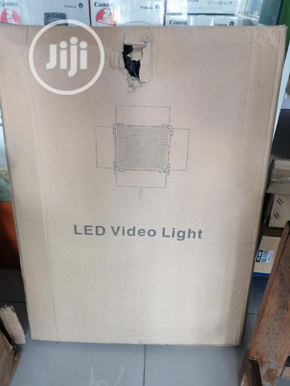 Digipro Led-528 Professional Led Video Light | Accessories & Supplies for Electronics for sale in Ikeja, Lagos State, Nigeria