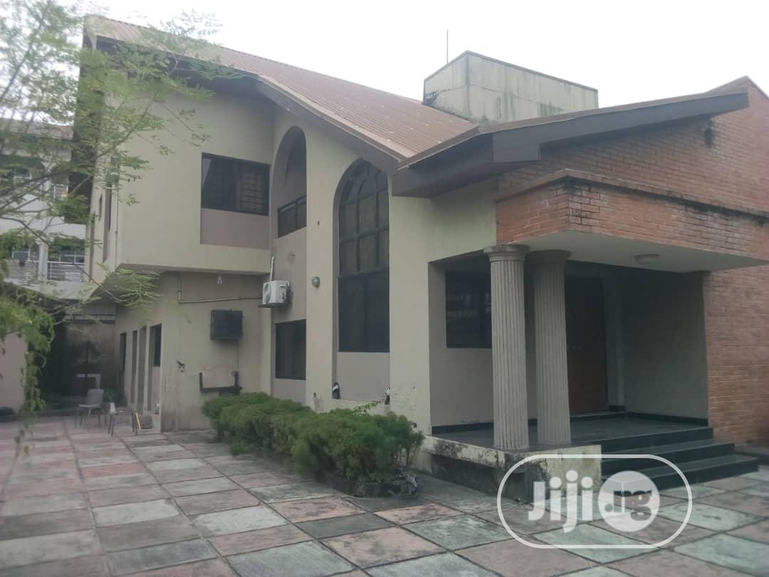 Archive: 5 Bedroom Duplex For Sale At Akins Estate Ajah Lagos