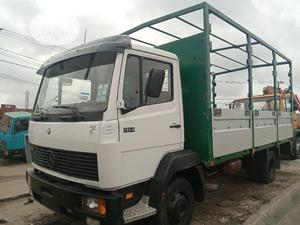 Mercedes Benz 914 Pick Up Truck Green | Trucks & Trailers for sale in Lagos State, Apapa