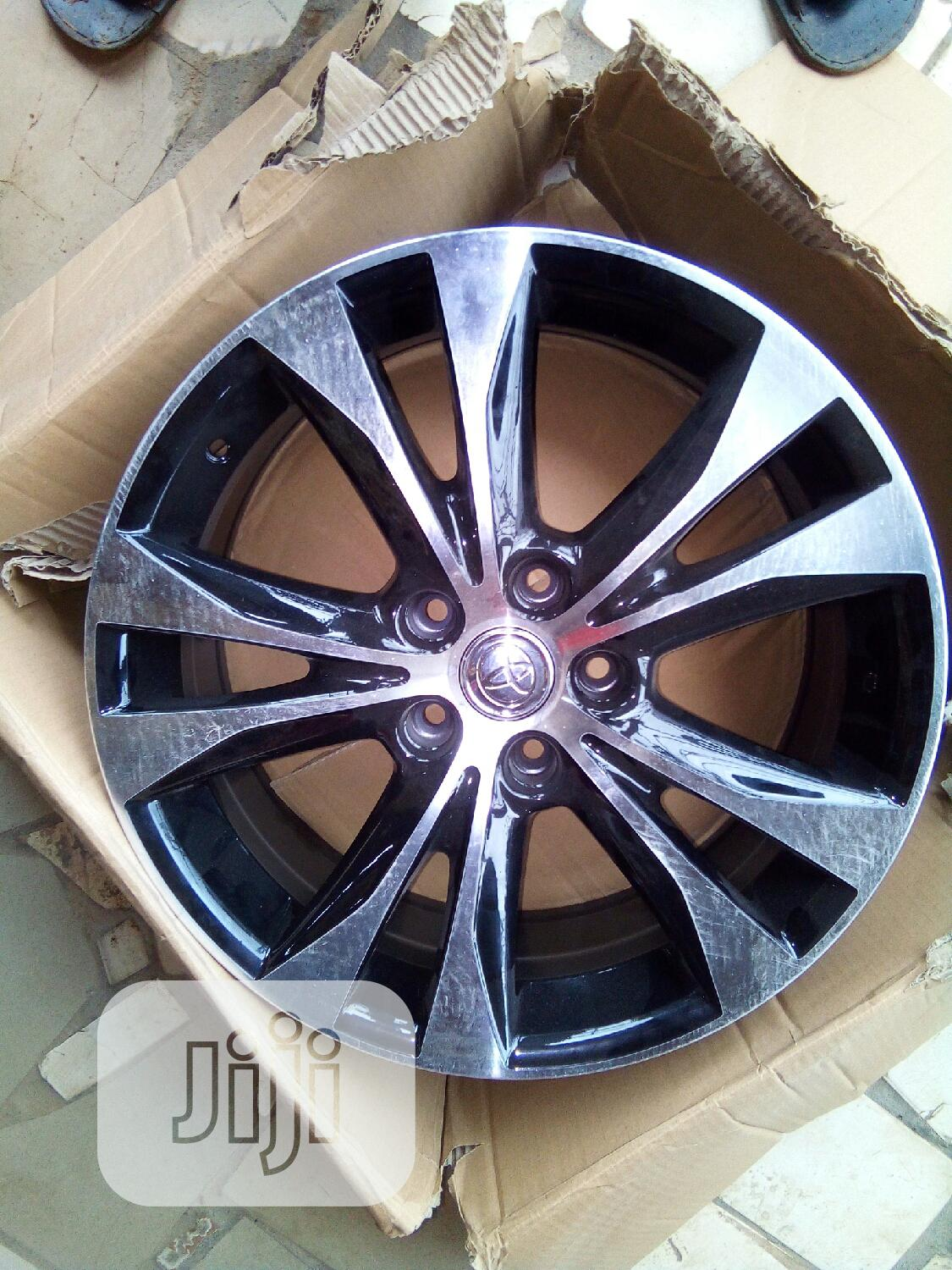 Quality Car Designer Five Finger Alloy Wheel 18rim | Vehicle Parts & Accessories for sale in Apo District, Abuja (FCT) State, Nigeria