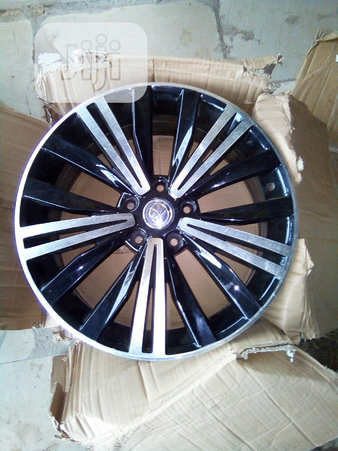 Quality Toyota 18rim Alloy Wheel | Vehicle Parts & Accessories for sale in Apo District, Abuja (FCT) State, Nigeria