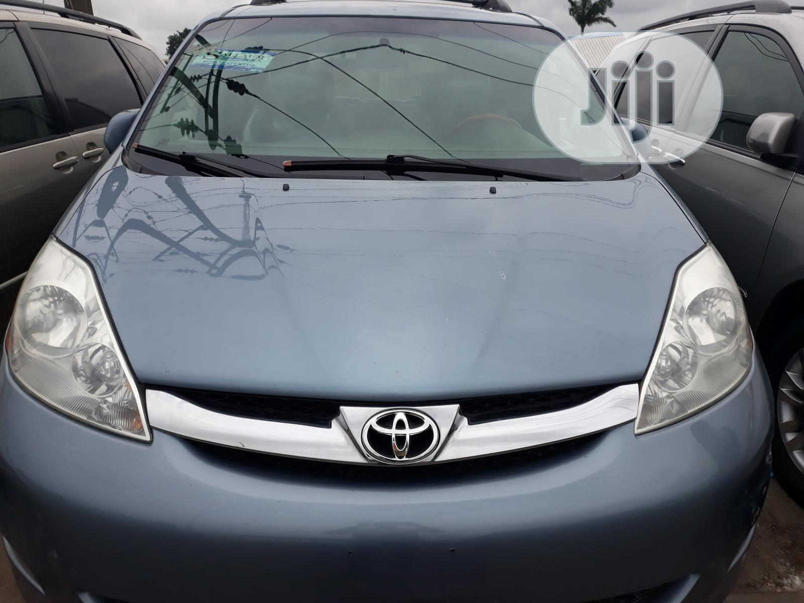 Archive Toyota Sienna 2005 Xle Limited Awd Blue In Apapa Cars Empire Autos Empire Autos Jiji Ng