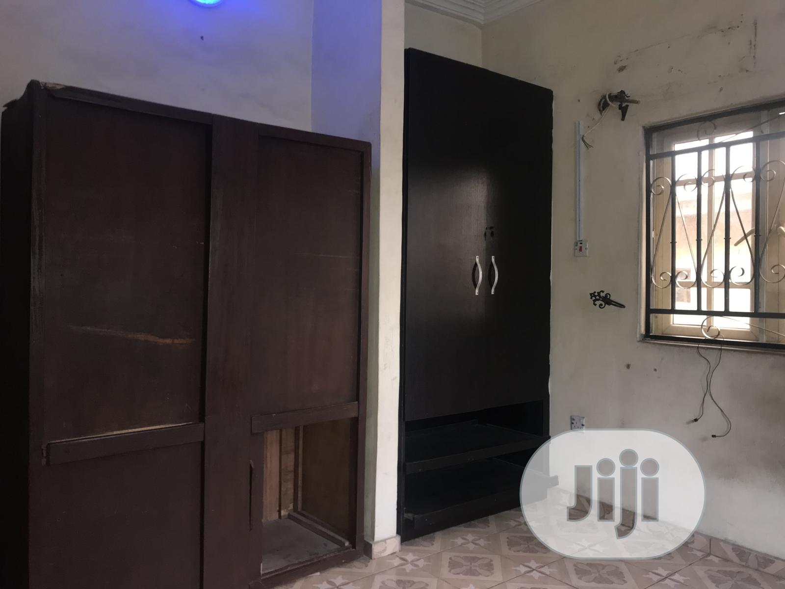 Executive 2bedroom in a Gated Compound With Pre Paid Meter | Houses & Apartments For Rent for sale in Yaba, Lagos State, Nigeria