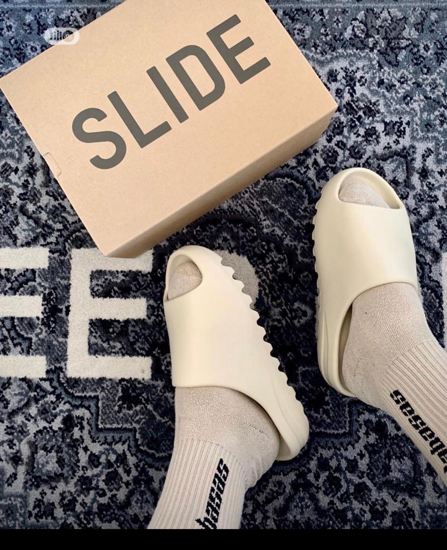 Archive: Adidas Yeezy Slides
