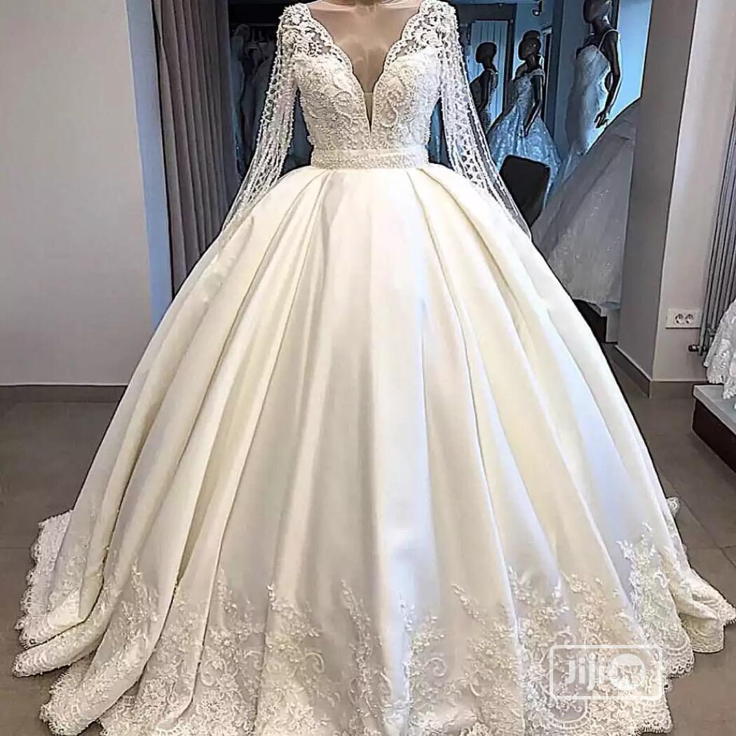 Archive: Rent A Luxury Wedding Dress