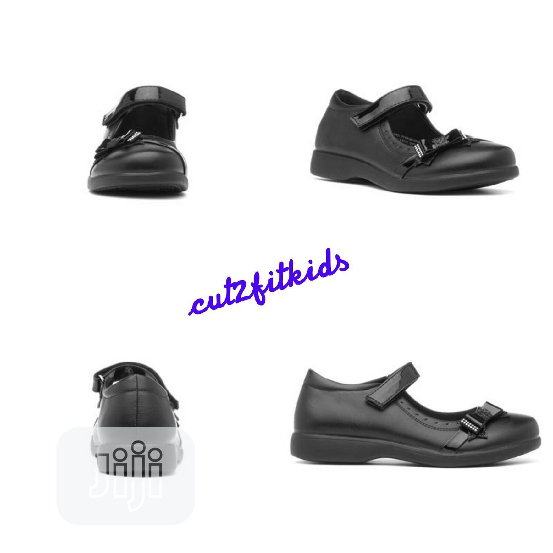 Wholesale and Retail Black Shoe