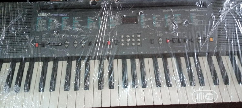 Archive: Yamaha Keyboard Psr233