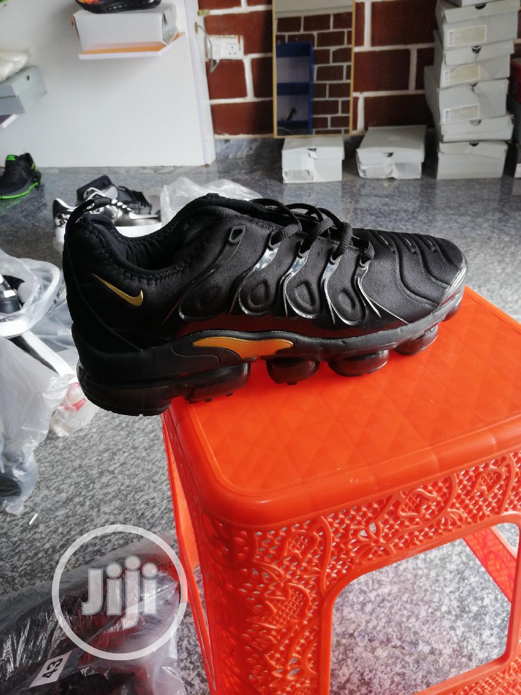 Nike Vm Sneakers Luxury and Smart Wear