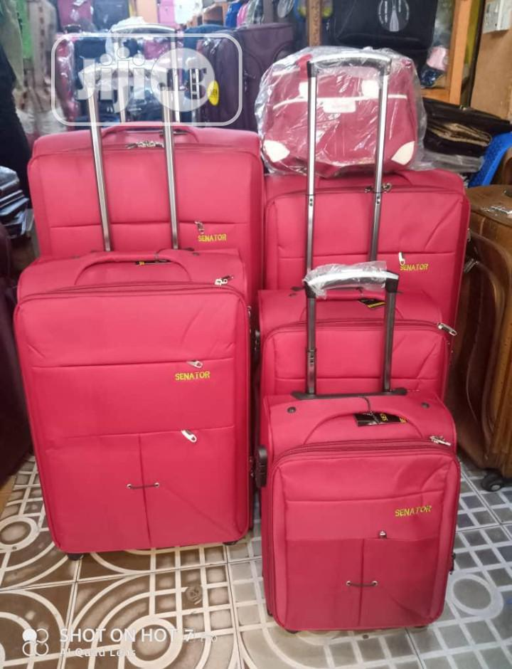A Set Of 6 Luggage