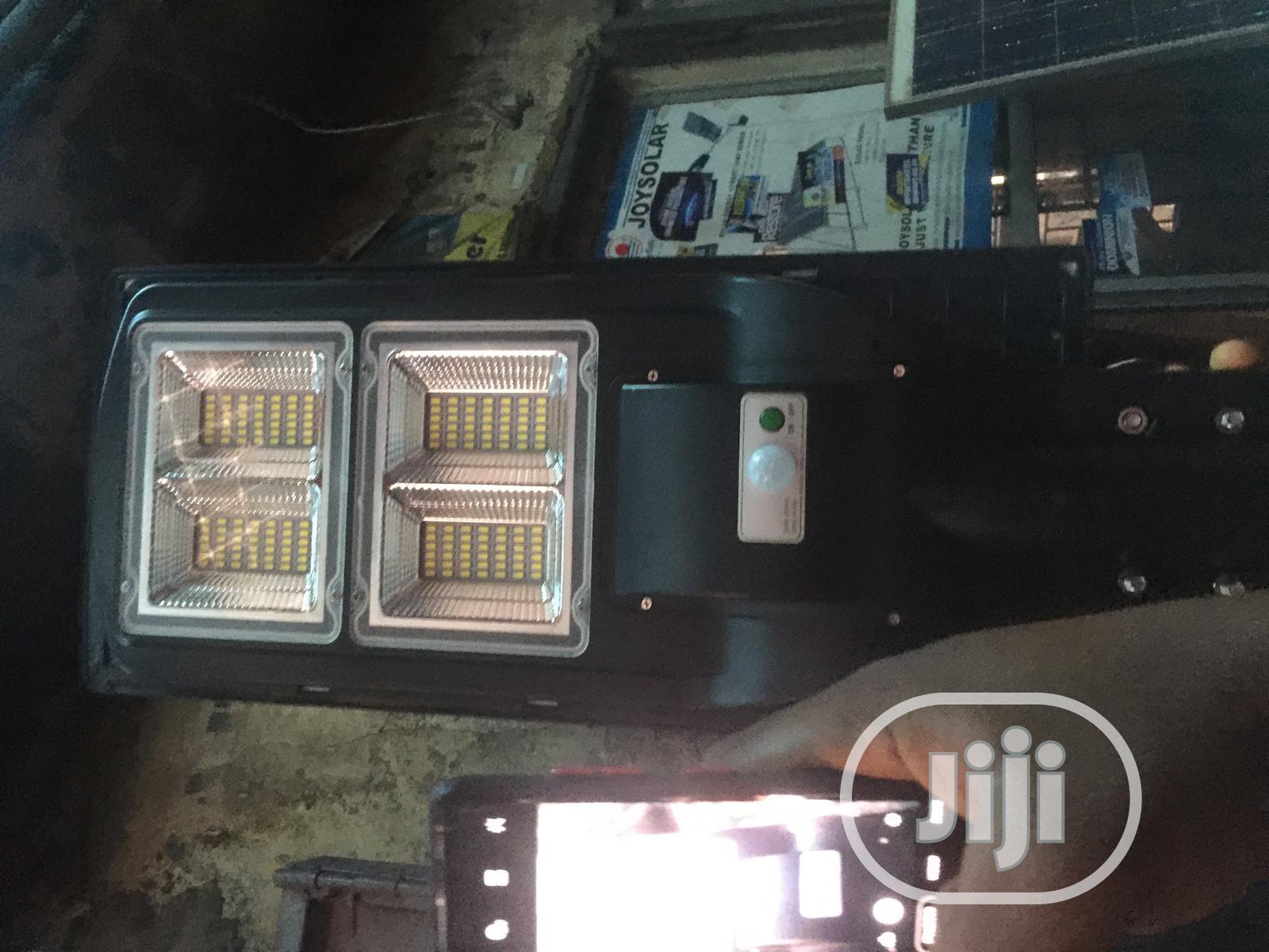 120watts Solar Street Light With Warranty