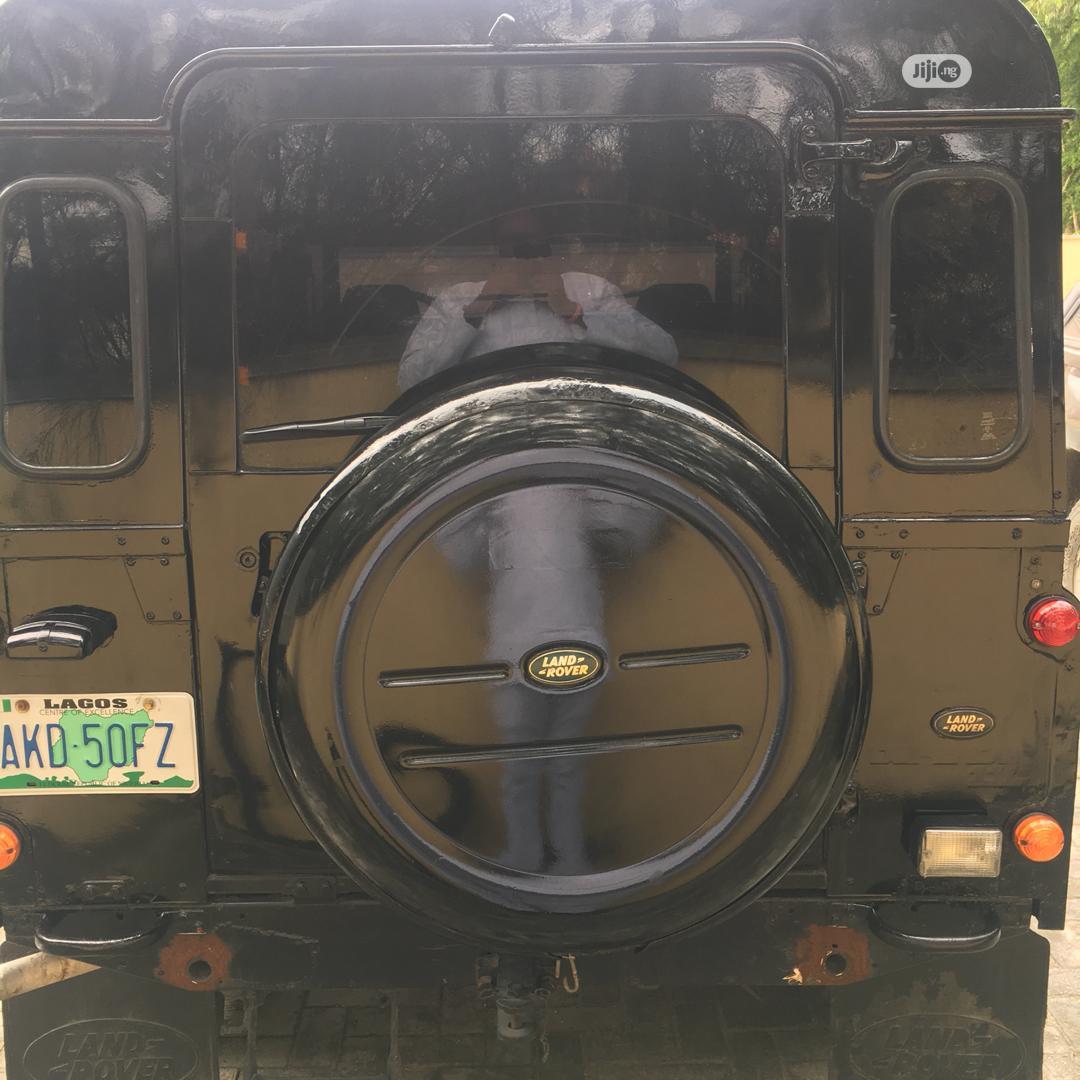 Archive: Land Rover Defender 1998 Black