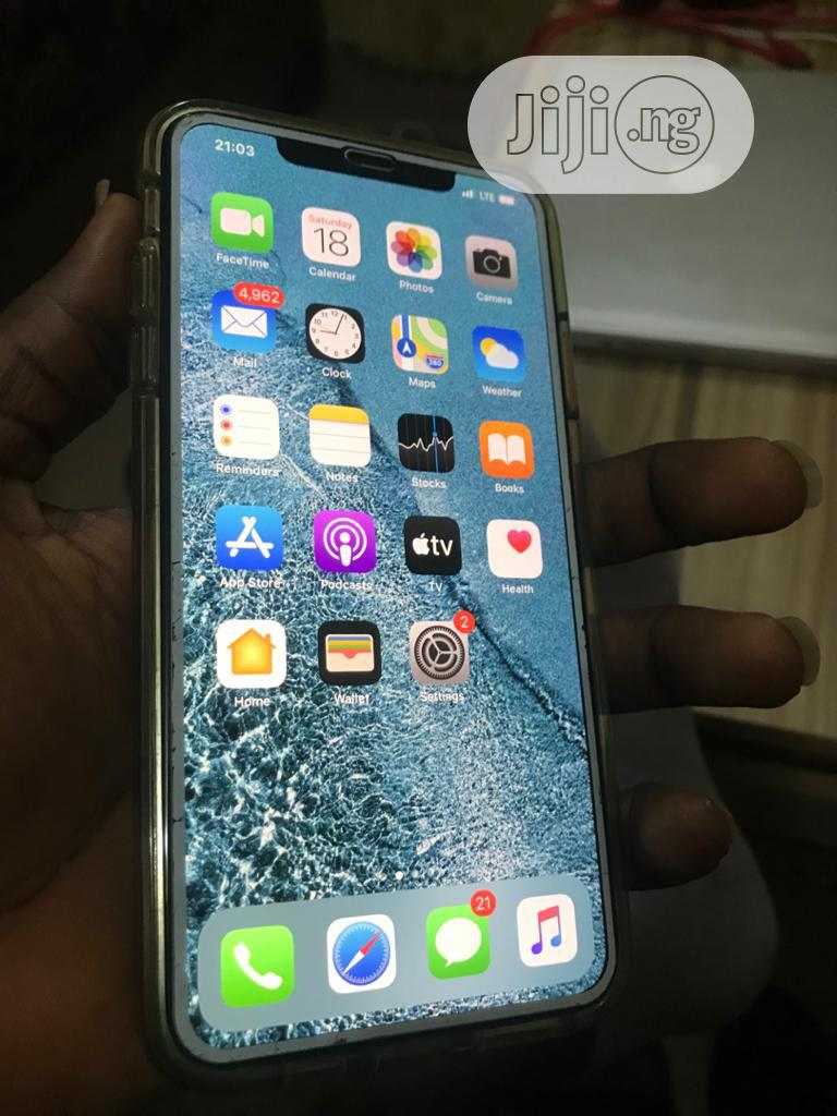 Archive: Apple iPhone XS Max 64 GB White