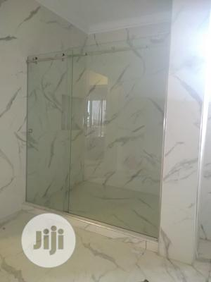 Shower Cubicle 10mm Glass   Plumbing & Water Supply for sale in Abuja (FCT) State, Jabi