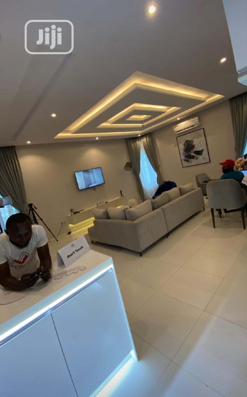 Luxurious 2bedroom Apartmemt For Sale In Abijo GRA