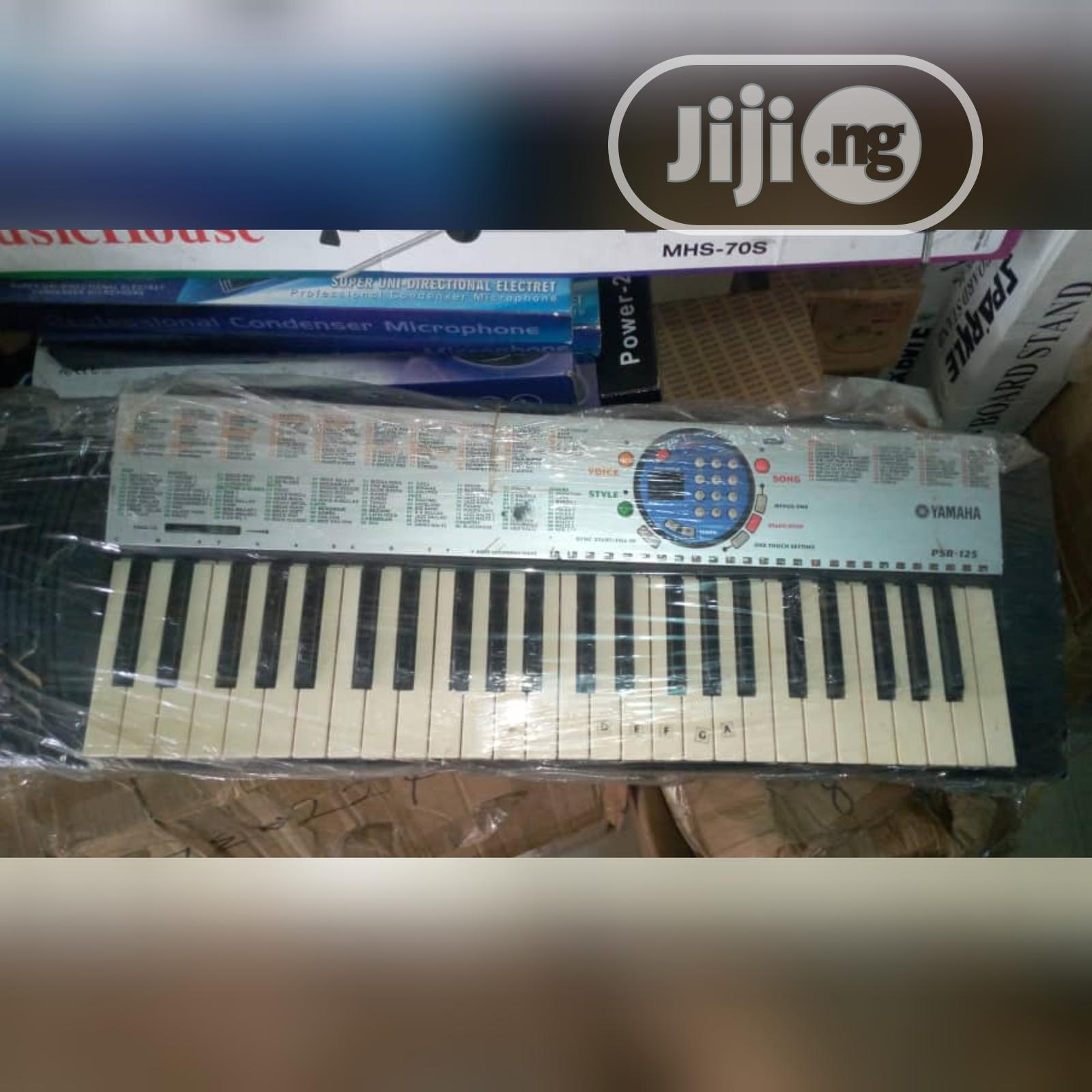Neat As New Yamaha Amateur Keyboard Piano