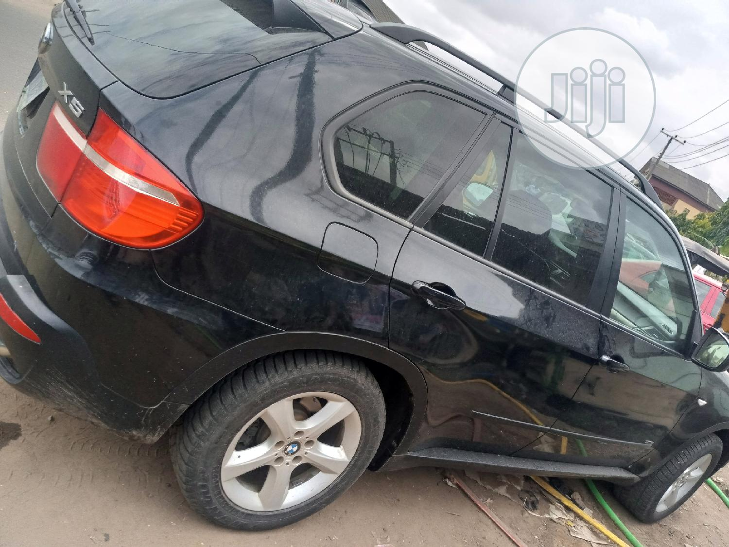 Archive: BMW X5 2010 Black