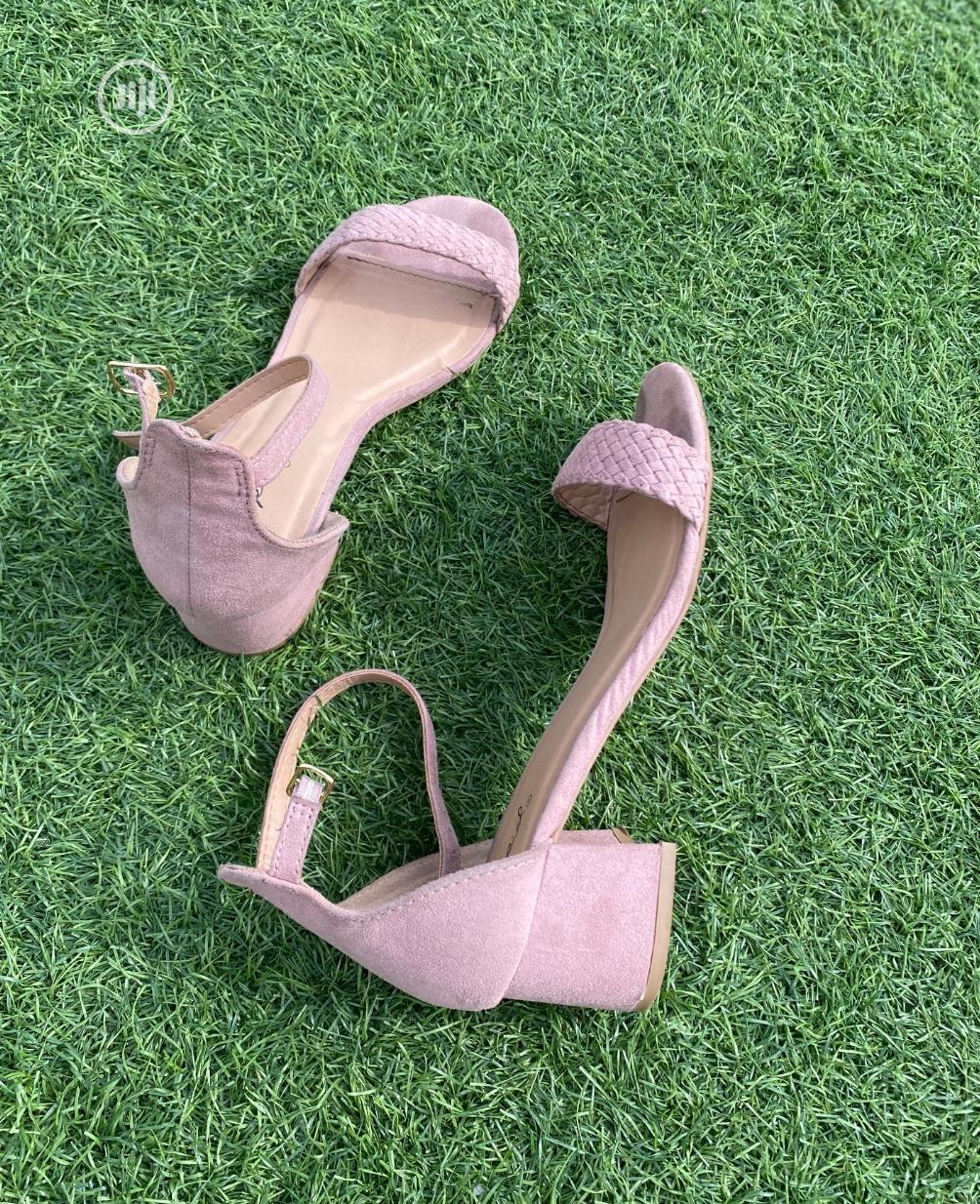 Fashion Ladies Desert Rose Female Low Heel Sandal Pink