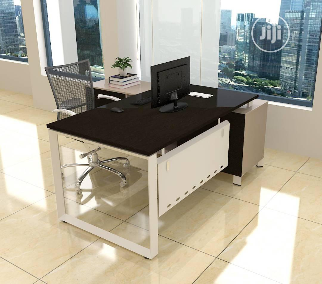First Klass Office Table