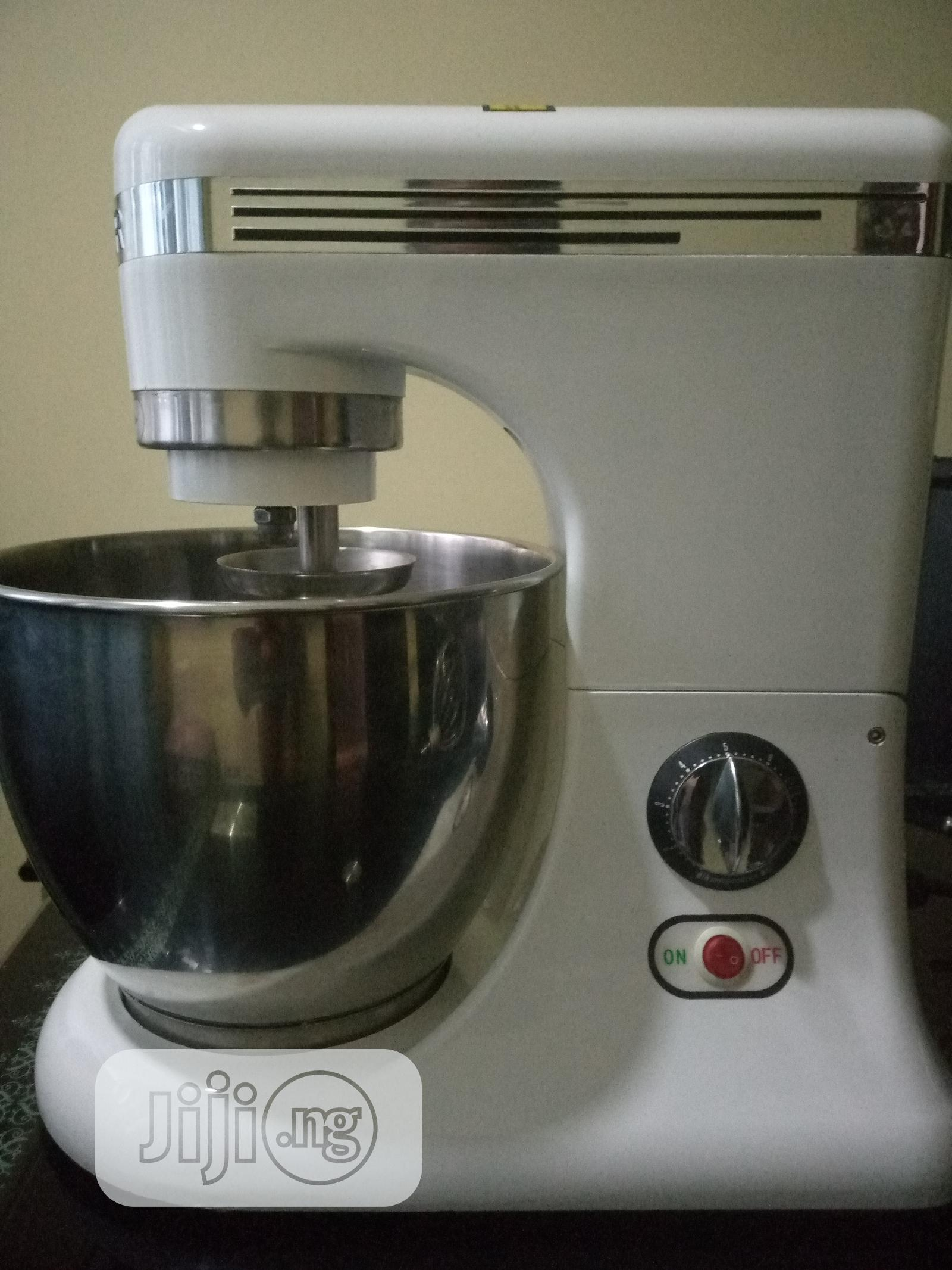 7L Generic Cake Mixer