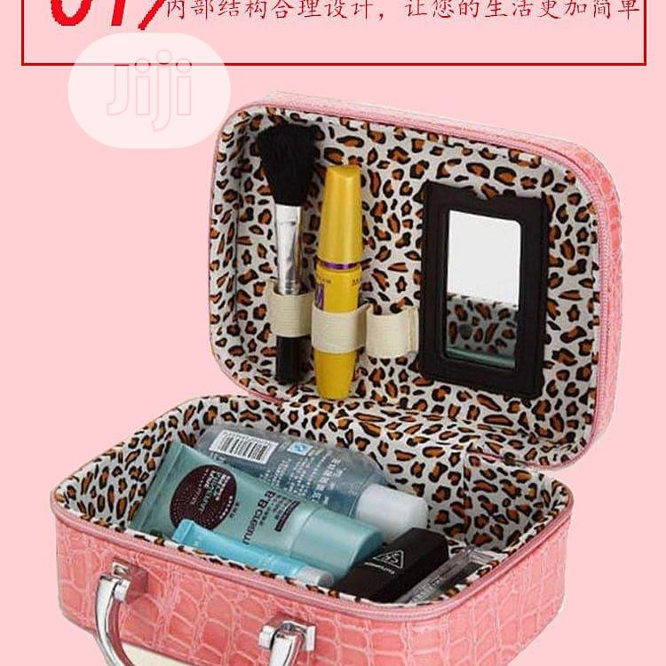 Archive: Makeup Bag