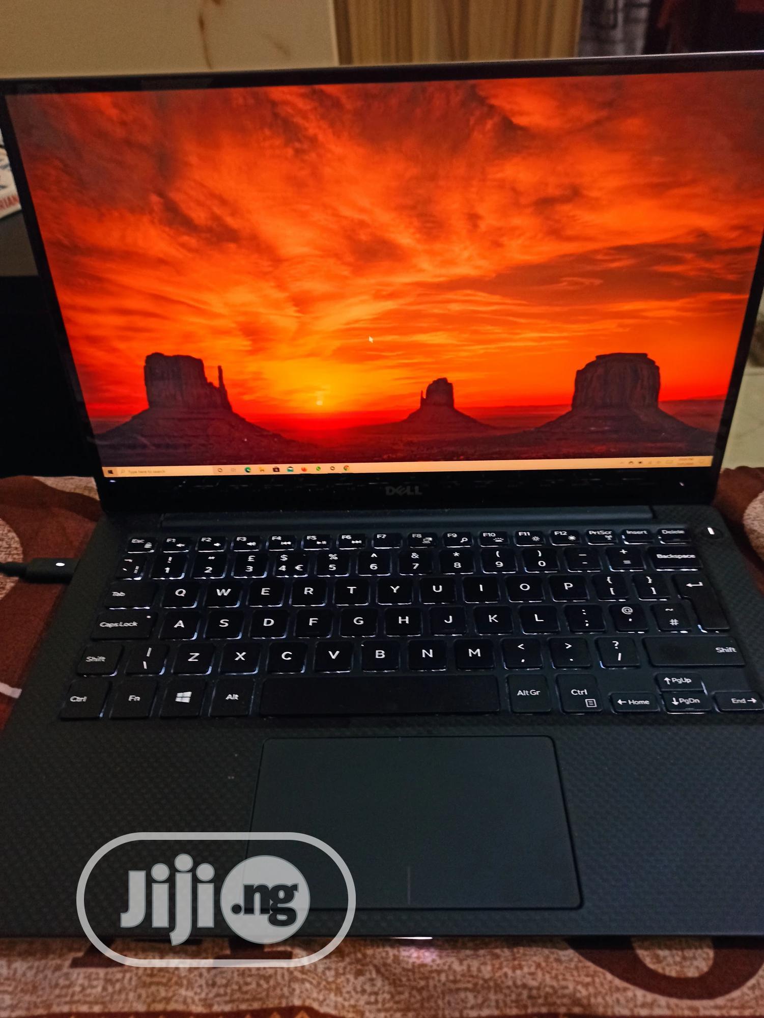 Archive: Laptop Dell XPS 13 (9350) 16GB Intel Core I7 SSD 256GB