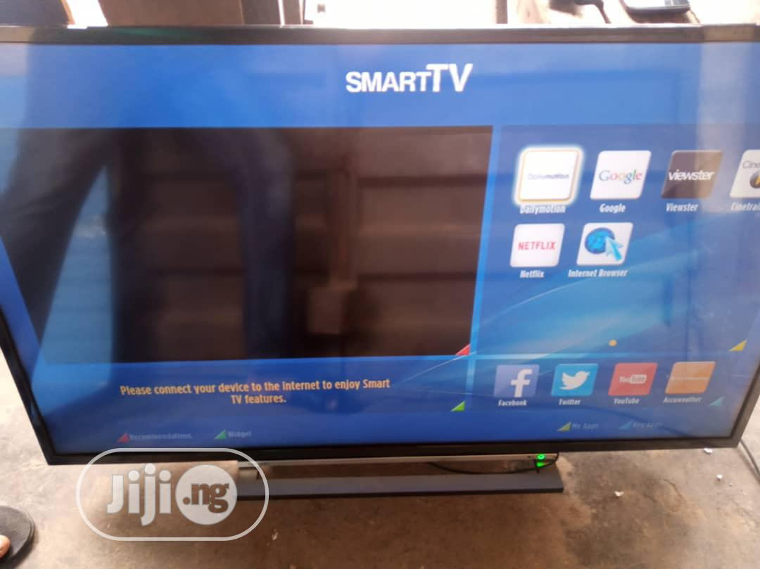 "Archive: Uk Used Toshiba 49"" Smart TV With Screen Mirroring"