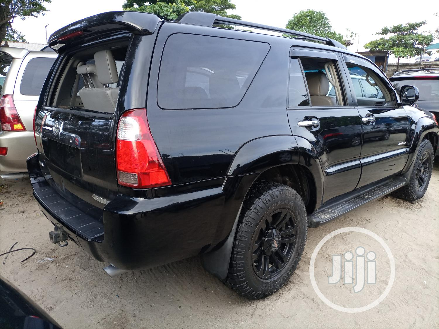 Archive: Toyota 4-Runner Limited 2008 Black