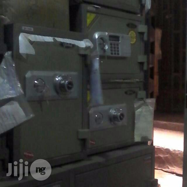 Archive: Sensitive Security Safe Box