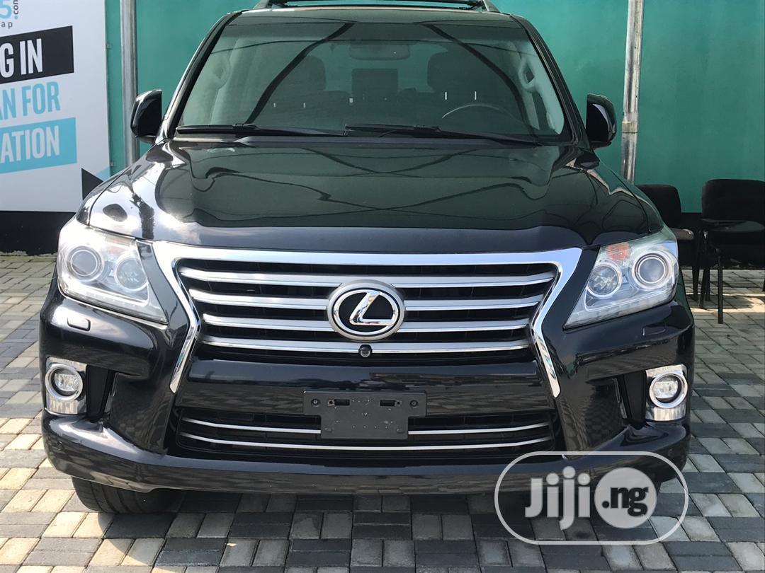 Lexus LX 570 2015 Black
