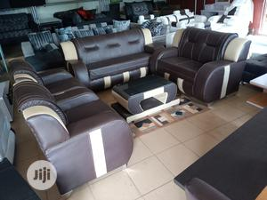 Sofa Chair With Centre Table - 7 Seaters Leather Couch | Furniture for sale in Lagos State, Surulere