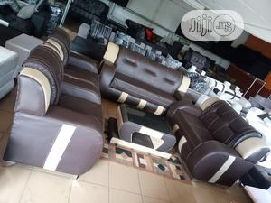 7-Seater Sofa Chair and a Centre Table - Leather Couch   Furniture for sale in Lagos State, Gbagada